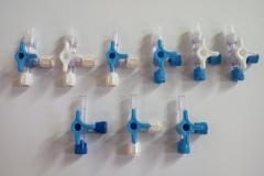 Macchina di assemblaggio rubinetti  a tre vie per flebo medicali Luer Lack